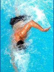 Nage à contre courant par Kotéo